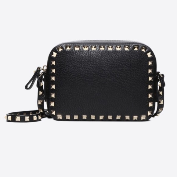 8749ee0cb2e4 Valentino rockstud camera bag + rockstud wallet. M 5c016a179539f78f185391dd